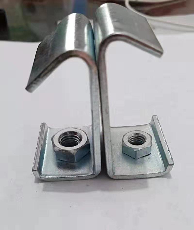 C型钢挂钩